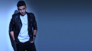 Румънският хитмейкър Моноар: Писането на песни е работа като всяка друга