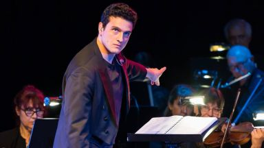 26-годишният Маестро, който откри допирната точка на рока и класиката