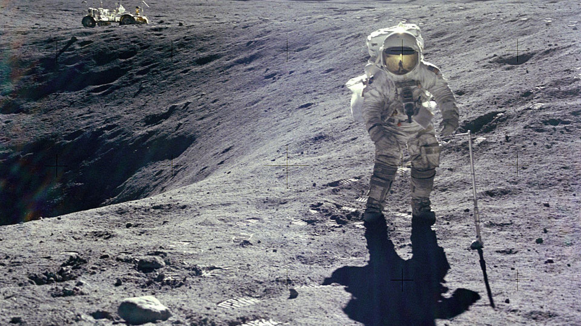 """Астронавти от мисиите """"Аполо"""" отпразнуваха 50 години от стъпването на Луната"""