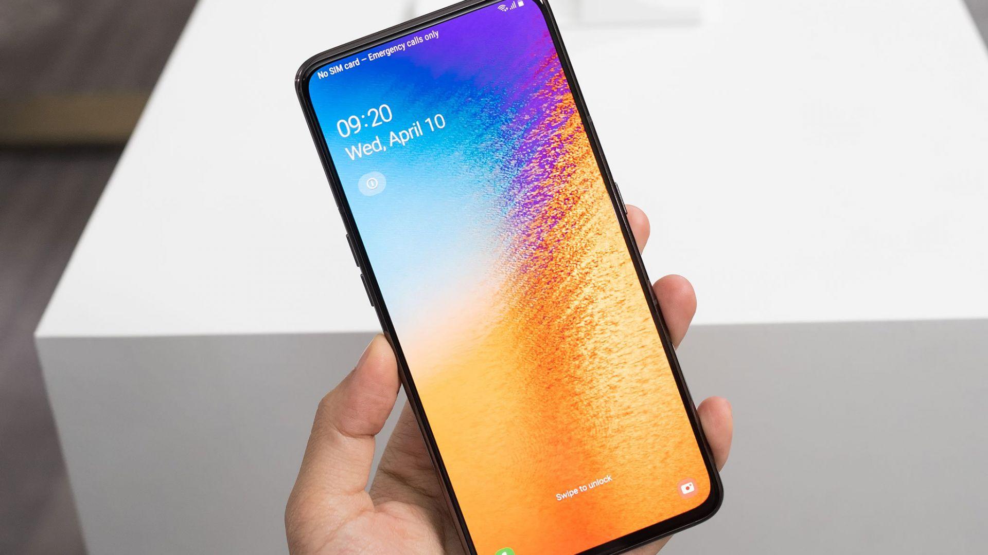 Samsung Galaxy A80 - смартфонът с революционен дизайн (ревю)