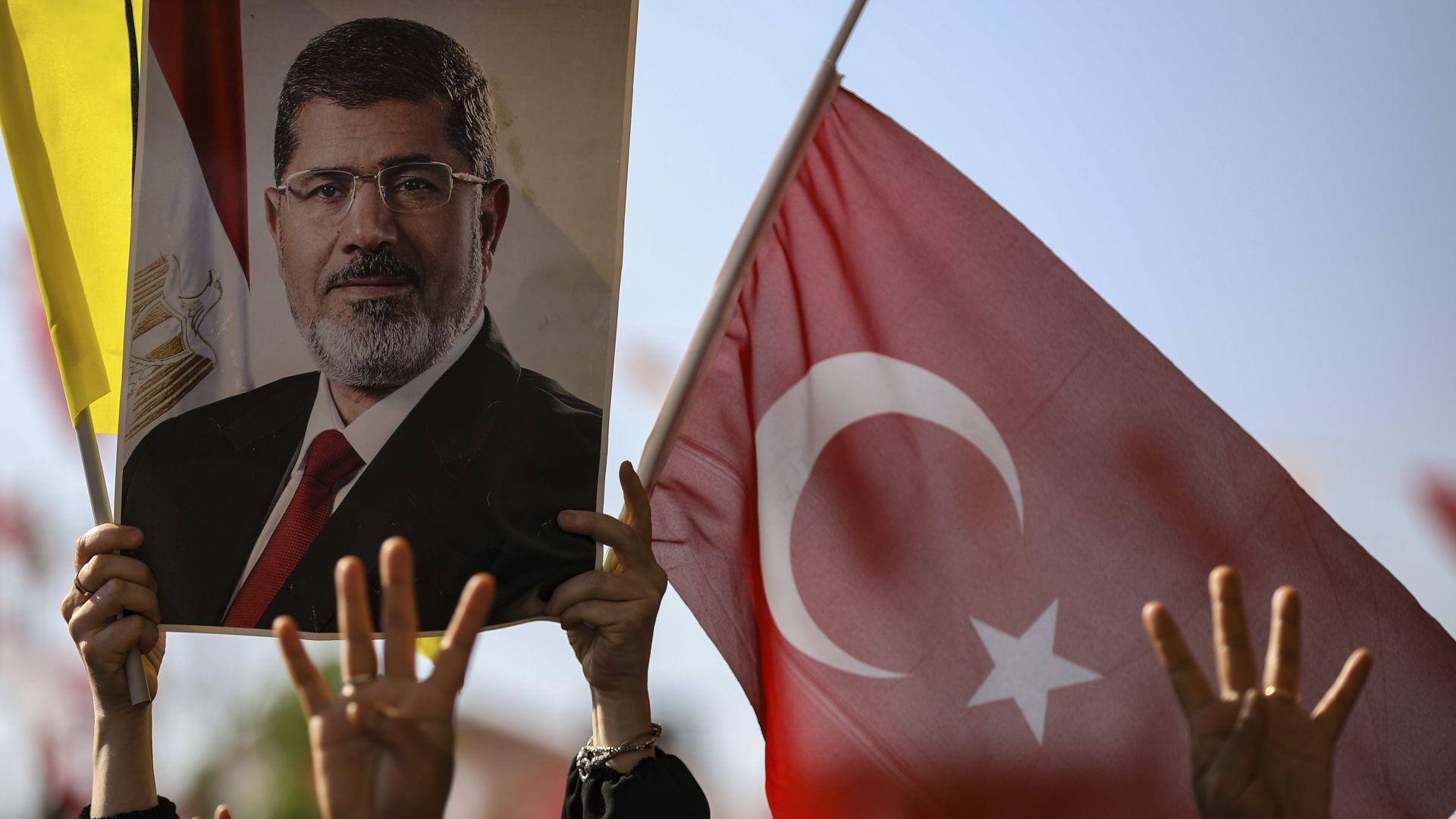 Турският президент Реджеп Тайип Ердоган твърди, че бившият египетски президент