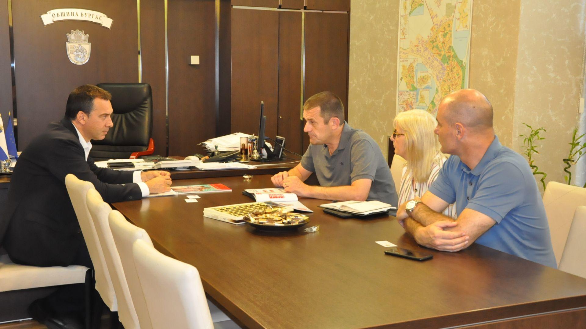 Повече британски туристи пристигат в Бургас това лято