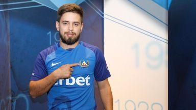 Левски представи аржентински плеймейкър и новите силни хора в школата
