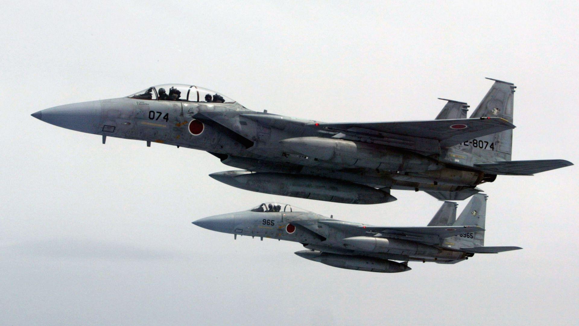 Японски изтребители вдигнати по тревога заради руски бомбардировачи