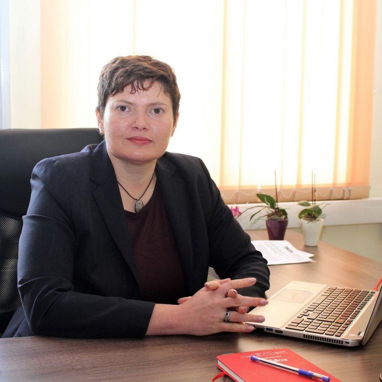 """Малина Крумова, председател на Държавна агенция """"Безопасност на движението по пътищата"""""""