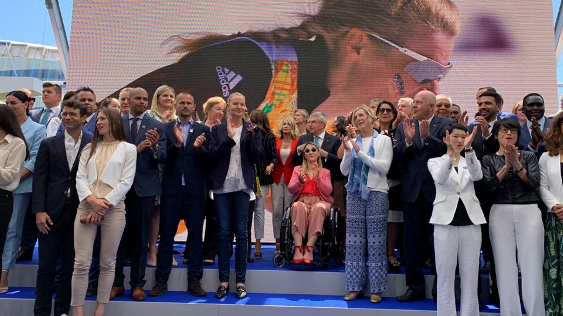 """Стефка Костадинова в компания на световни легенди за откриването на """"Олимпийски дом"""""""