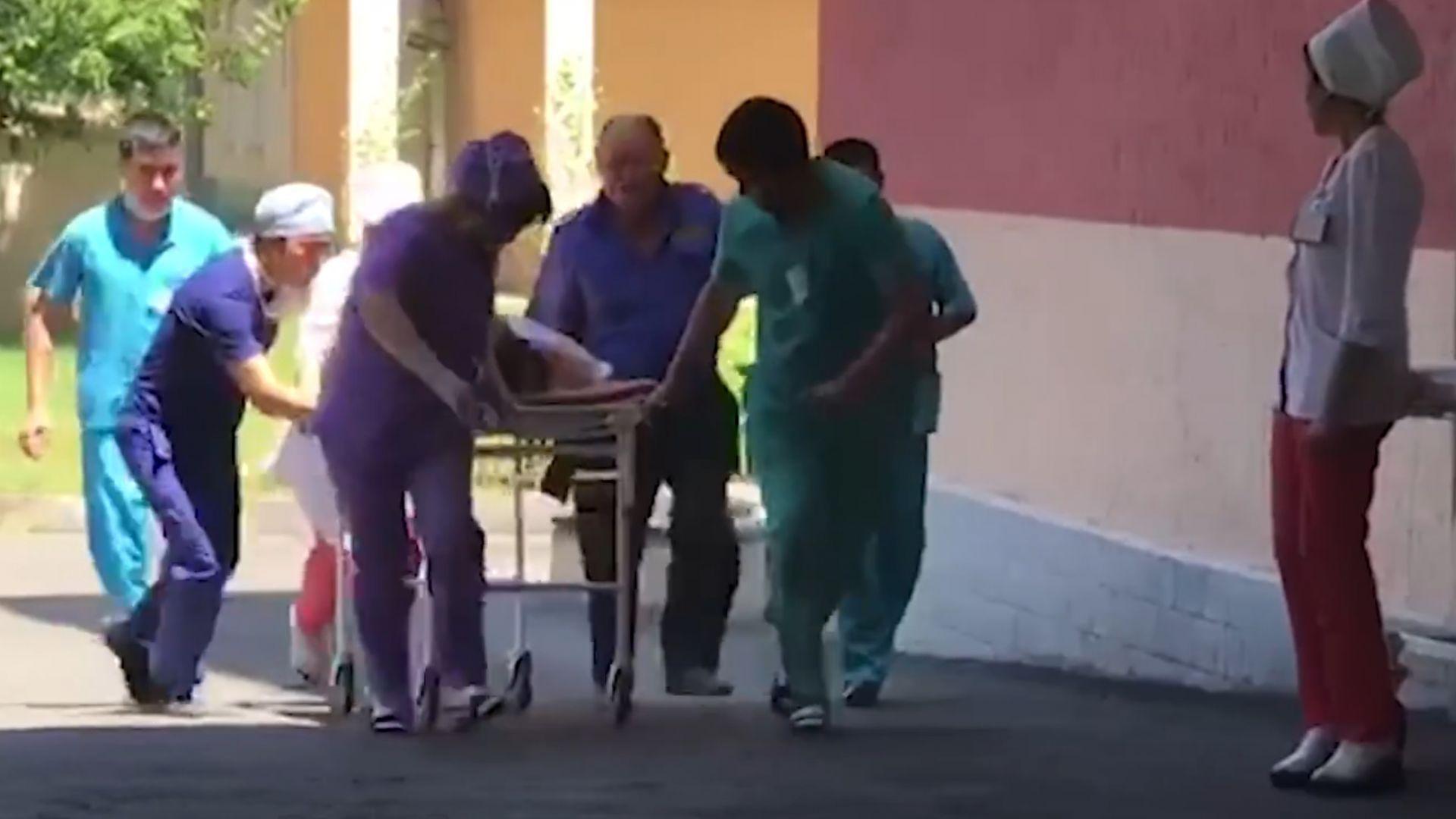 Взривовете на боеприпаси в Казахстан продължават: 2 жертви и 89 души в болница