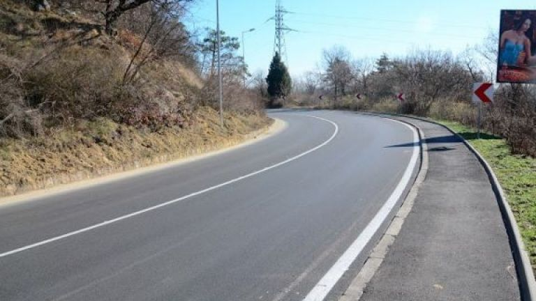 """Петиция зове за """"легнали полицаи"""" и камери на пътя Варна-Златни пясъци"""