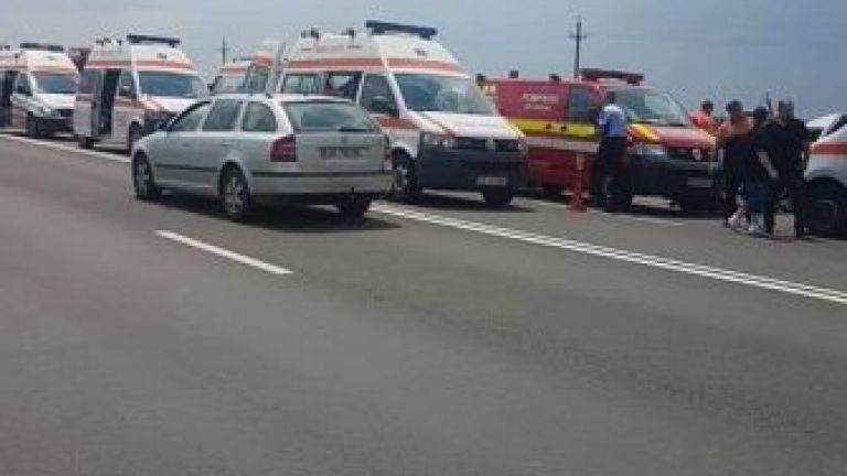 Българин загина, а други 6 са ранени в катастрофа на пътя Русе-Букурещ