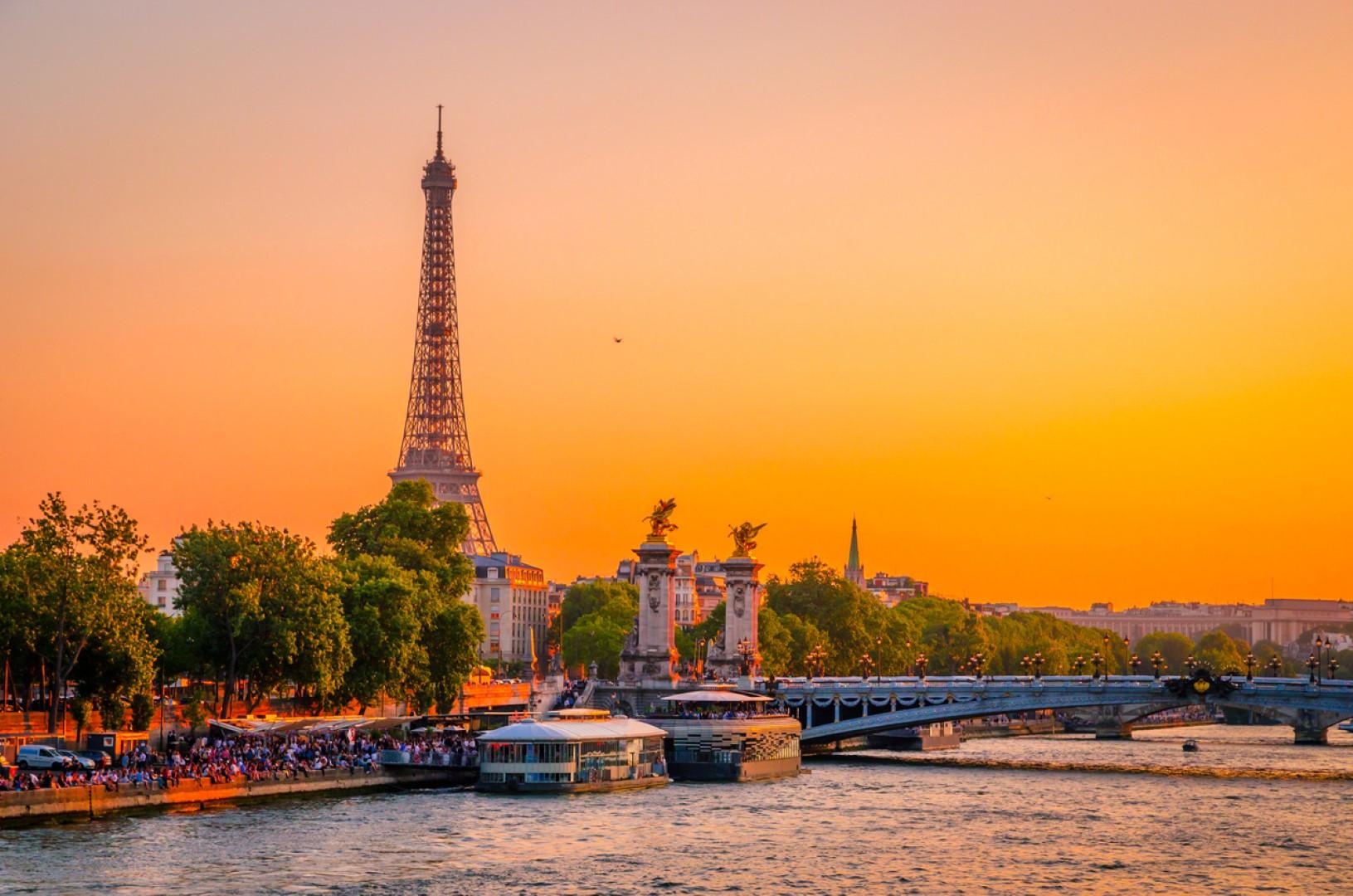 През 2020 г.: Париж прие 33 милиона туристи по-малко