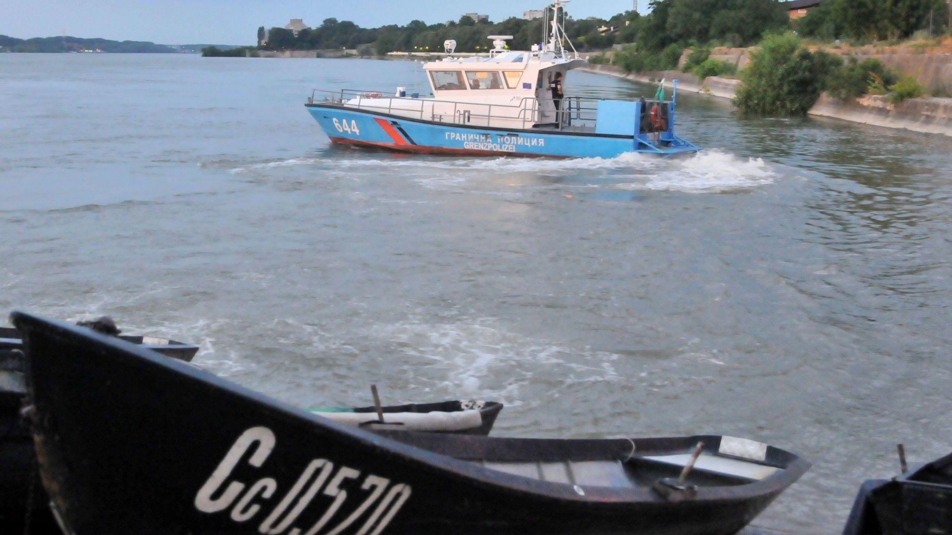 Тялото на 16-годишното момче, което потъна във водите на Дунав