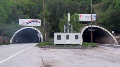 """Продължава ремонтът в тунел """"Топли дол"""" на АМ """"Хемус"""""""