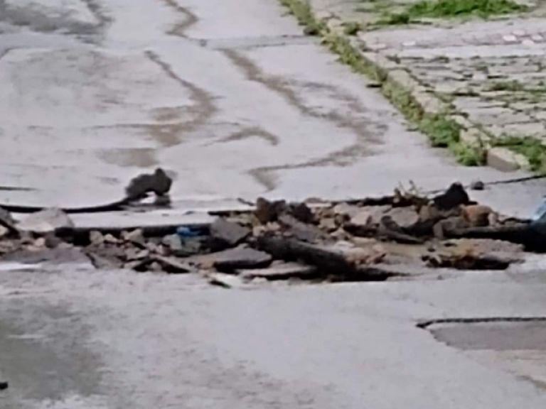 Бедствие в Котел след порой,  реката излезе от коритото си и заля къщи