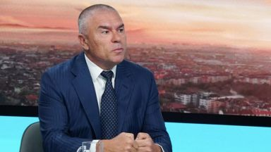 Марешки губи дело срещу Валя Ахчиева