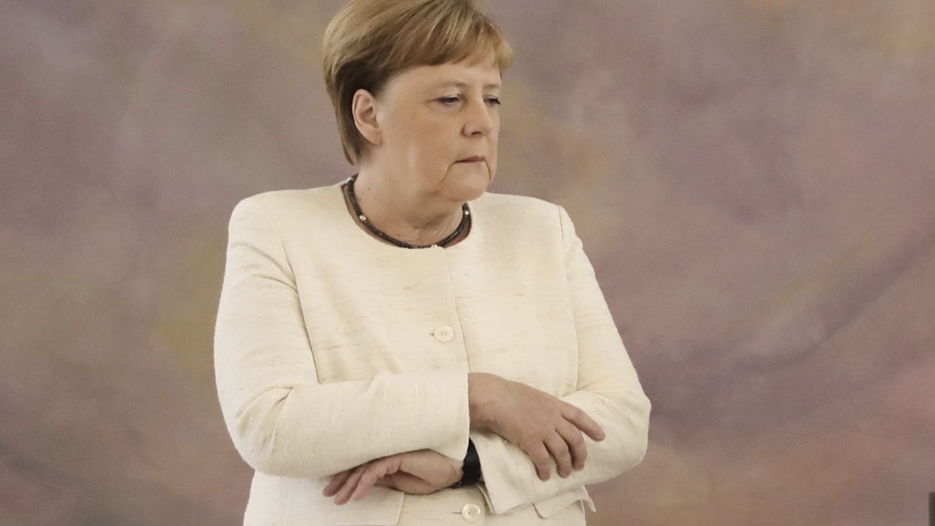 """""""Алтернатива за Германия"""" ще подаде жалба срещу Меркел заради кризата в Тюрингия"""