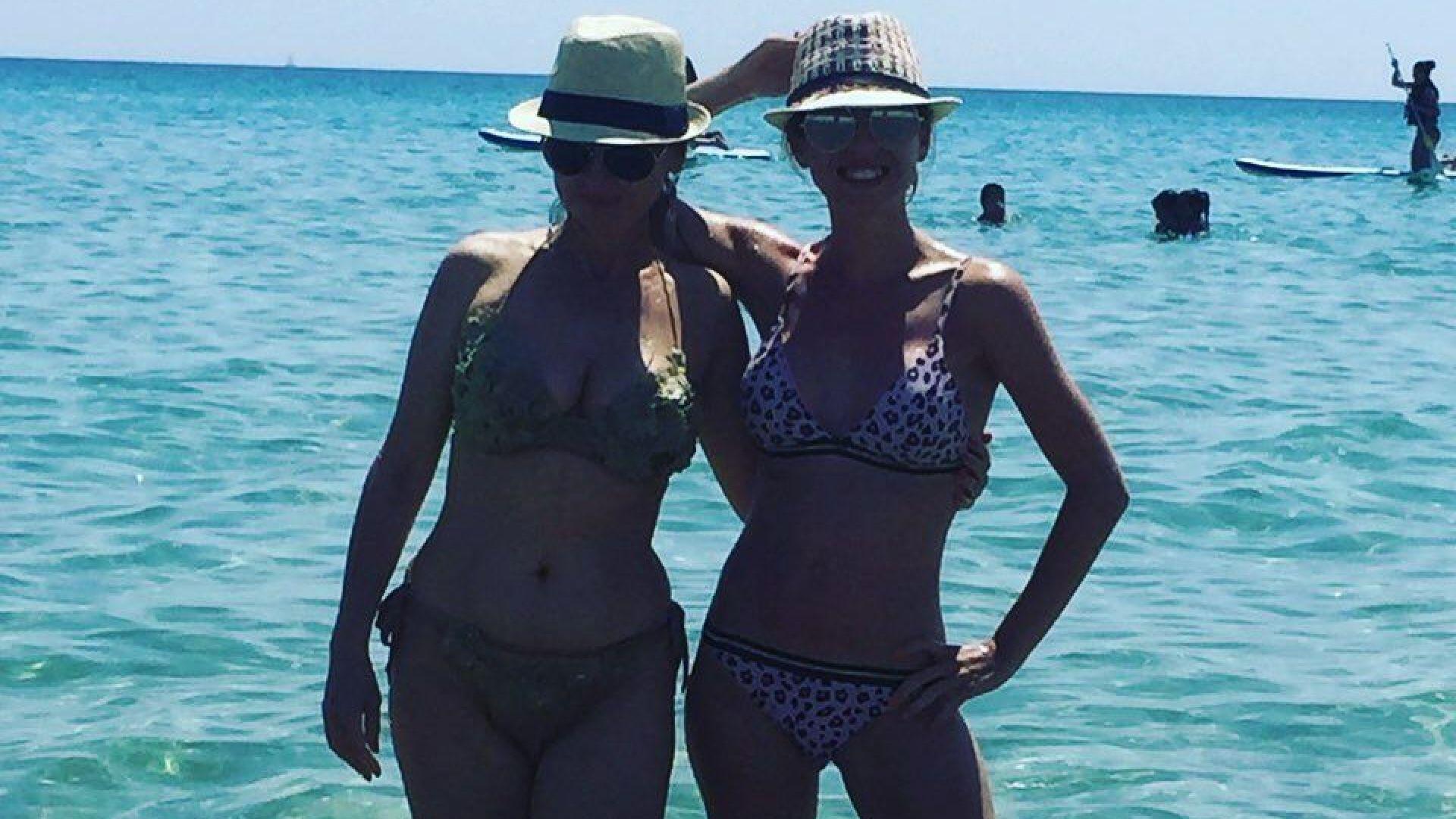 Илиана Раева показа перфектно тяло в Гърция