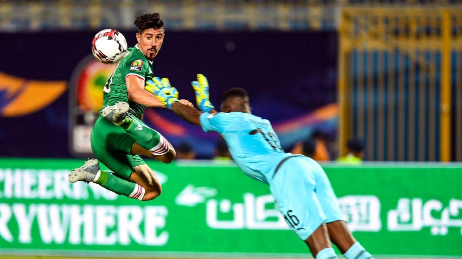 Алжир взе дербито и се класира за осминафиналите