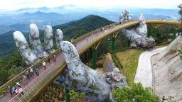 Вълнуваща разходка в облаците на 1414 метра височина, в ръцете на боговете