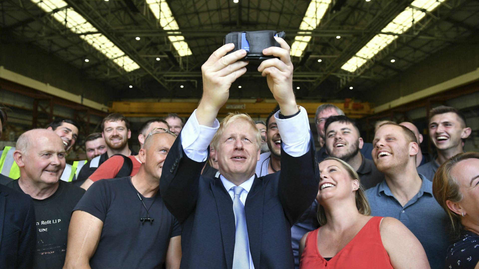 Джеръми Хънт иска Борис Джонсън в кабинета си, ако стане премиер