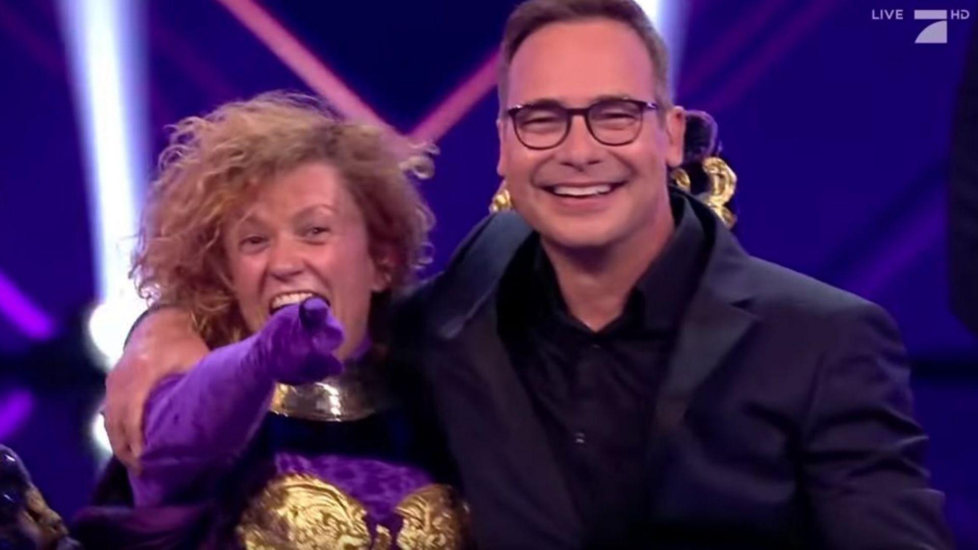 Люси Дяковска отпадна от тв шоу в Германия заради разпознаваемия си глас