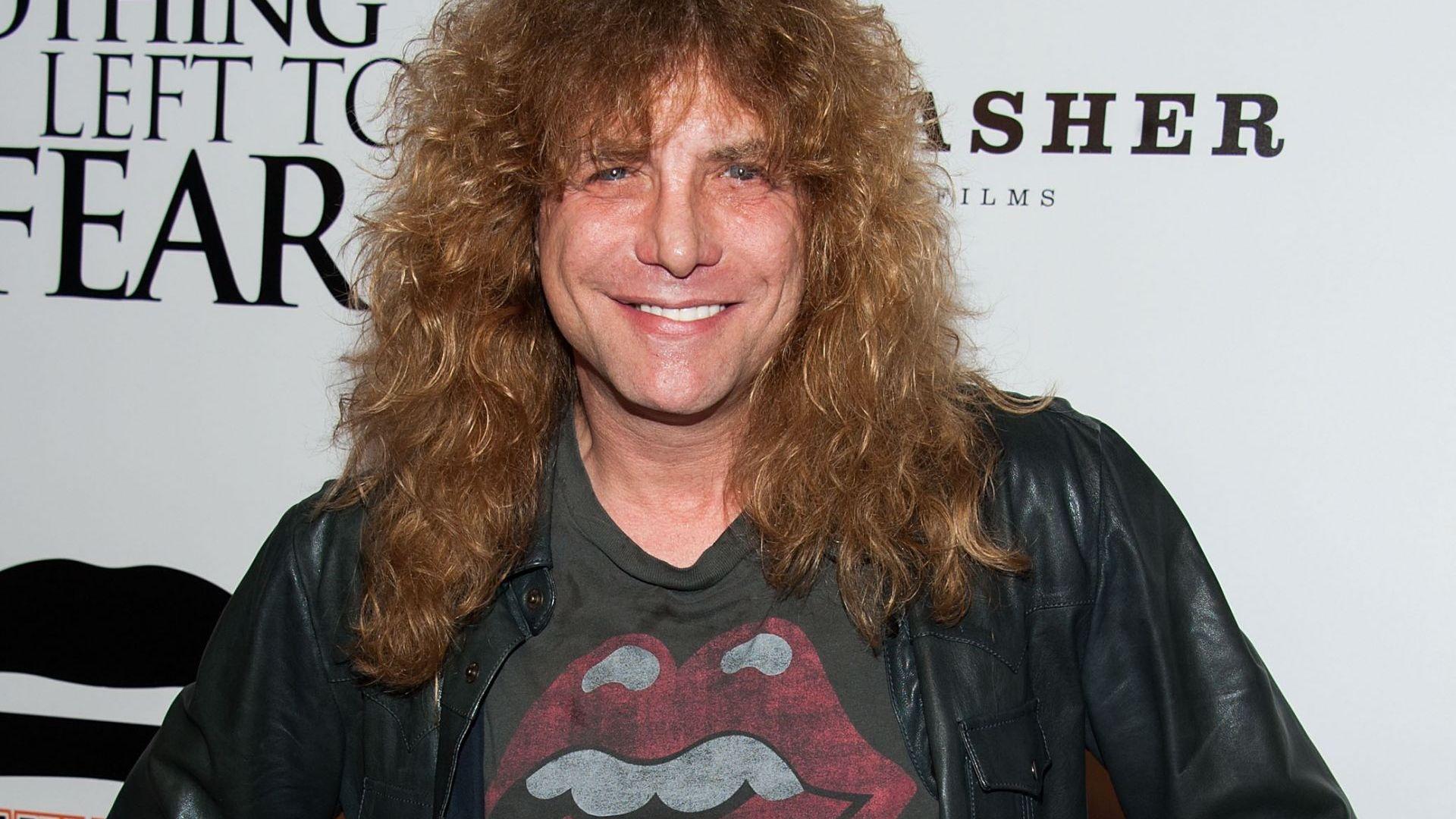 Бившият барабанист на Guns N' Roses е в болница след опит за самоубийство