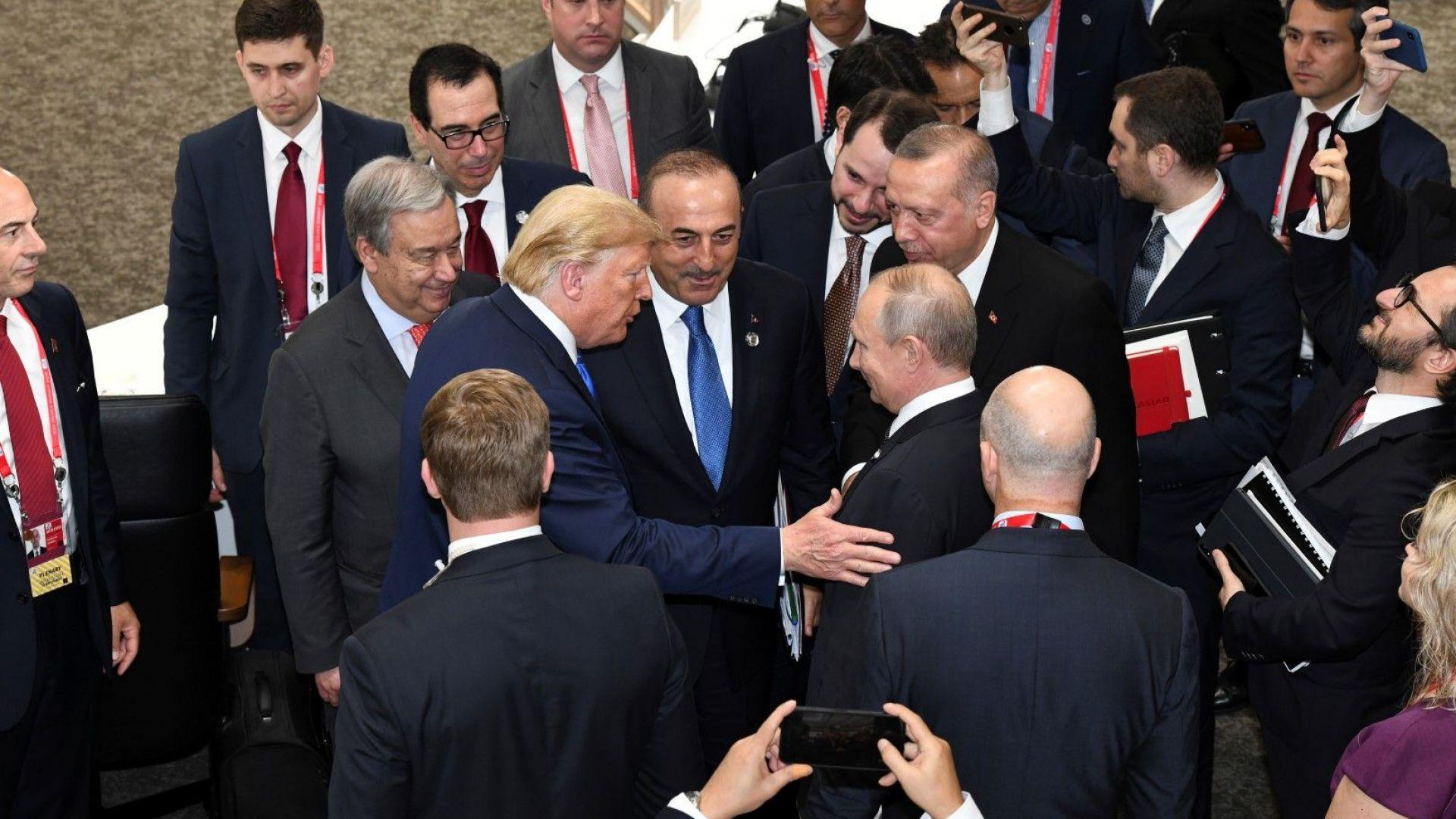 Лидерите на Г-20 не осъдиха протекционизма, предупредиха, че нарастват рисковете за световната икономика
