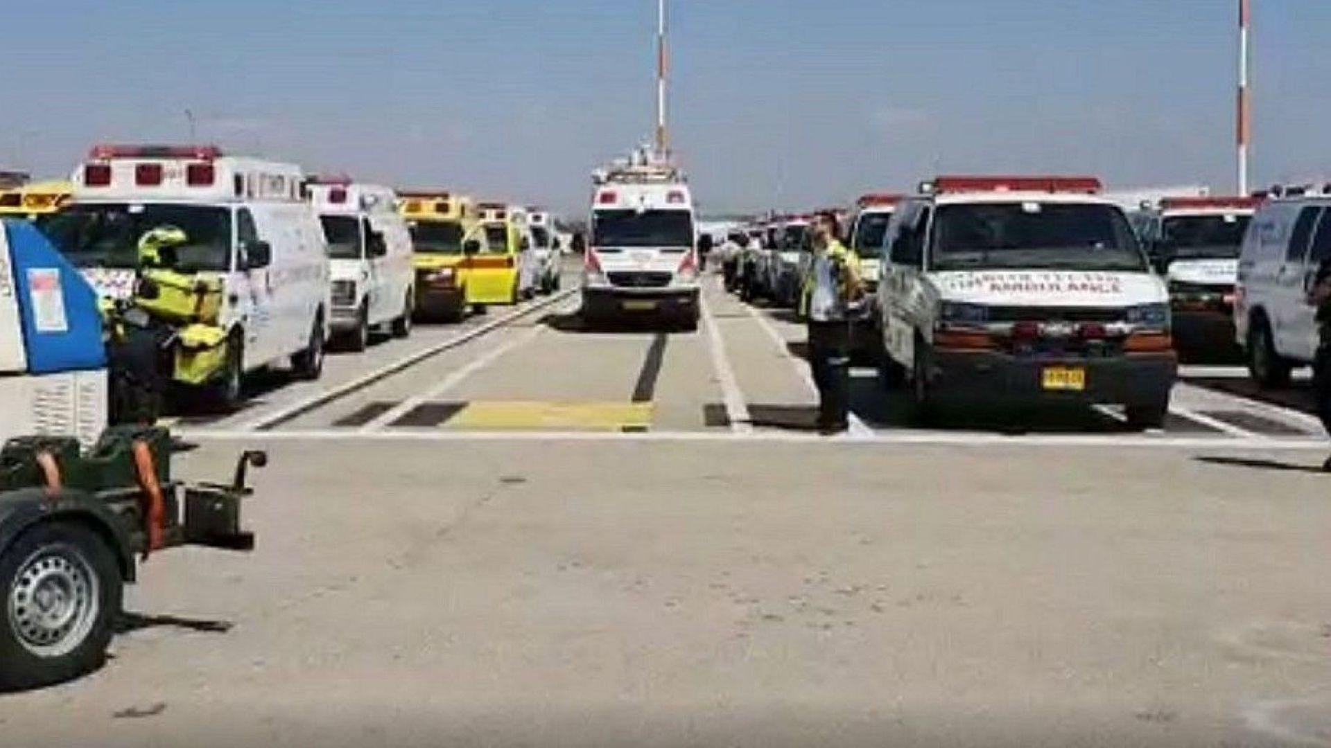 """Тел Авив вдигна изтребители заради повреден БГ самолет, 100 линейки чакаха на """"Бен Гурион"""" (видео)"""