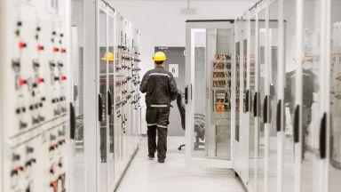 Стачка във Франция срина с 10% производството на електроенергия