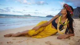 Красота на 41, Никол обратно към хавайските си корени