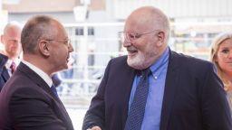 Станишев: Социалистите може да блокират гласуването за Урсула фон дер Лайен