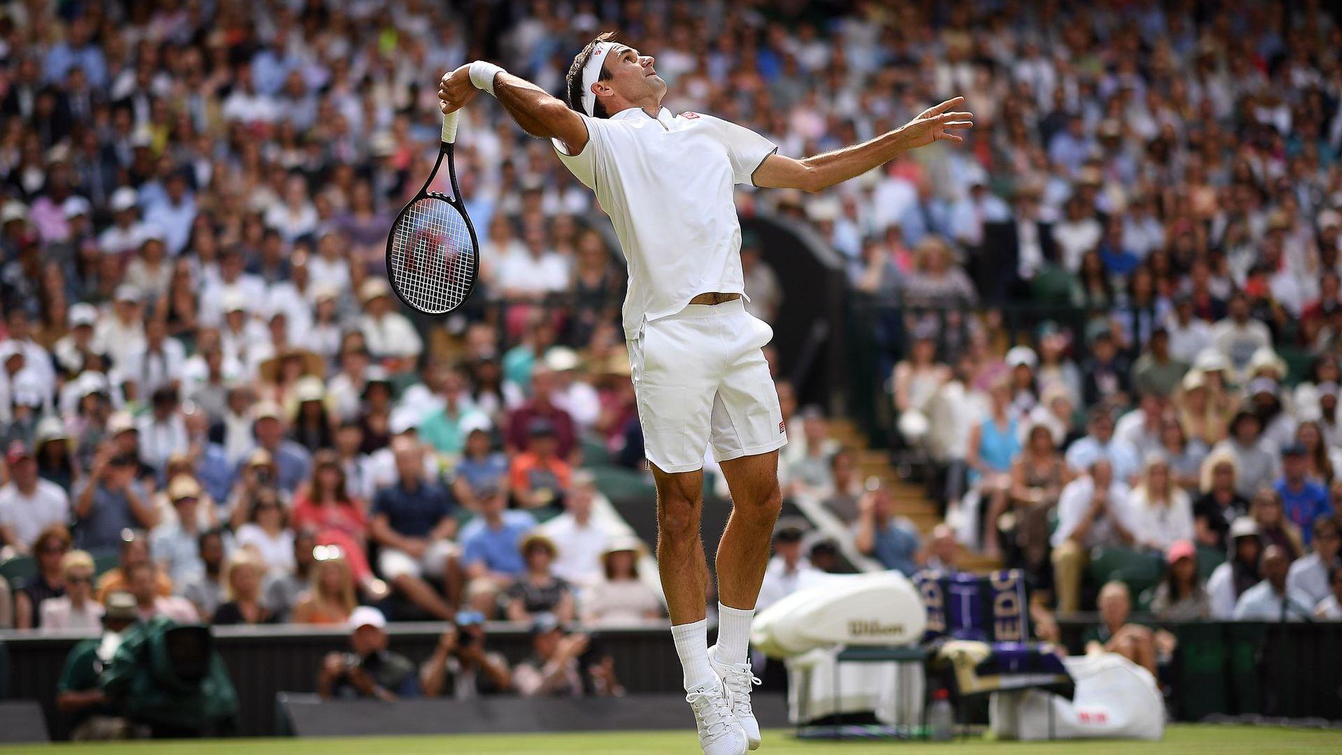Ранни проблеми не отклониха от пътя Федерер в паметен за него ден