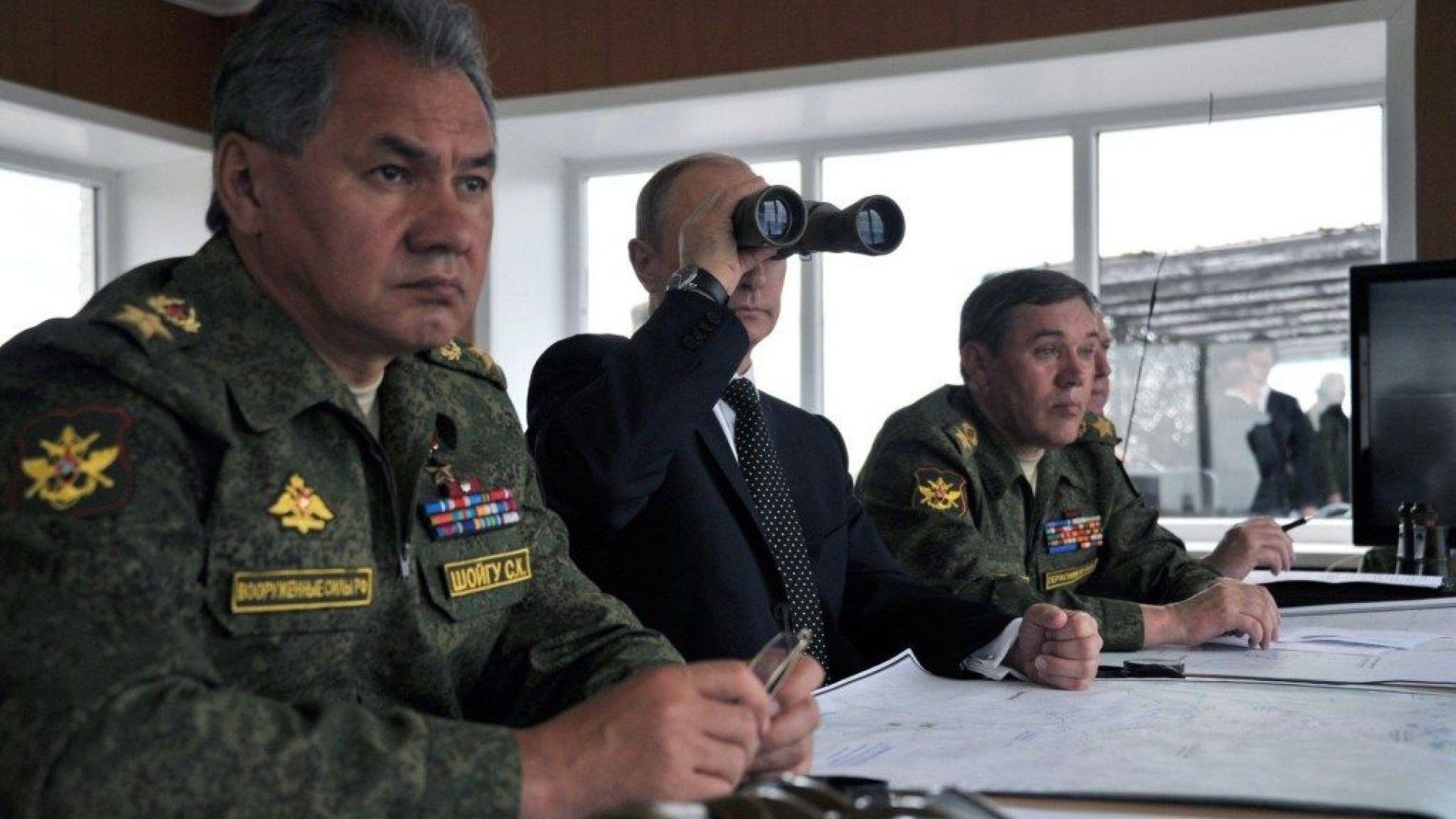 Путин прати военния министър да разследва лично гибелта на 14-те подводничари