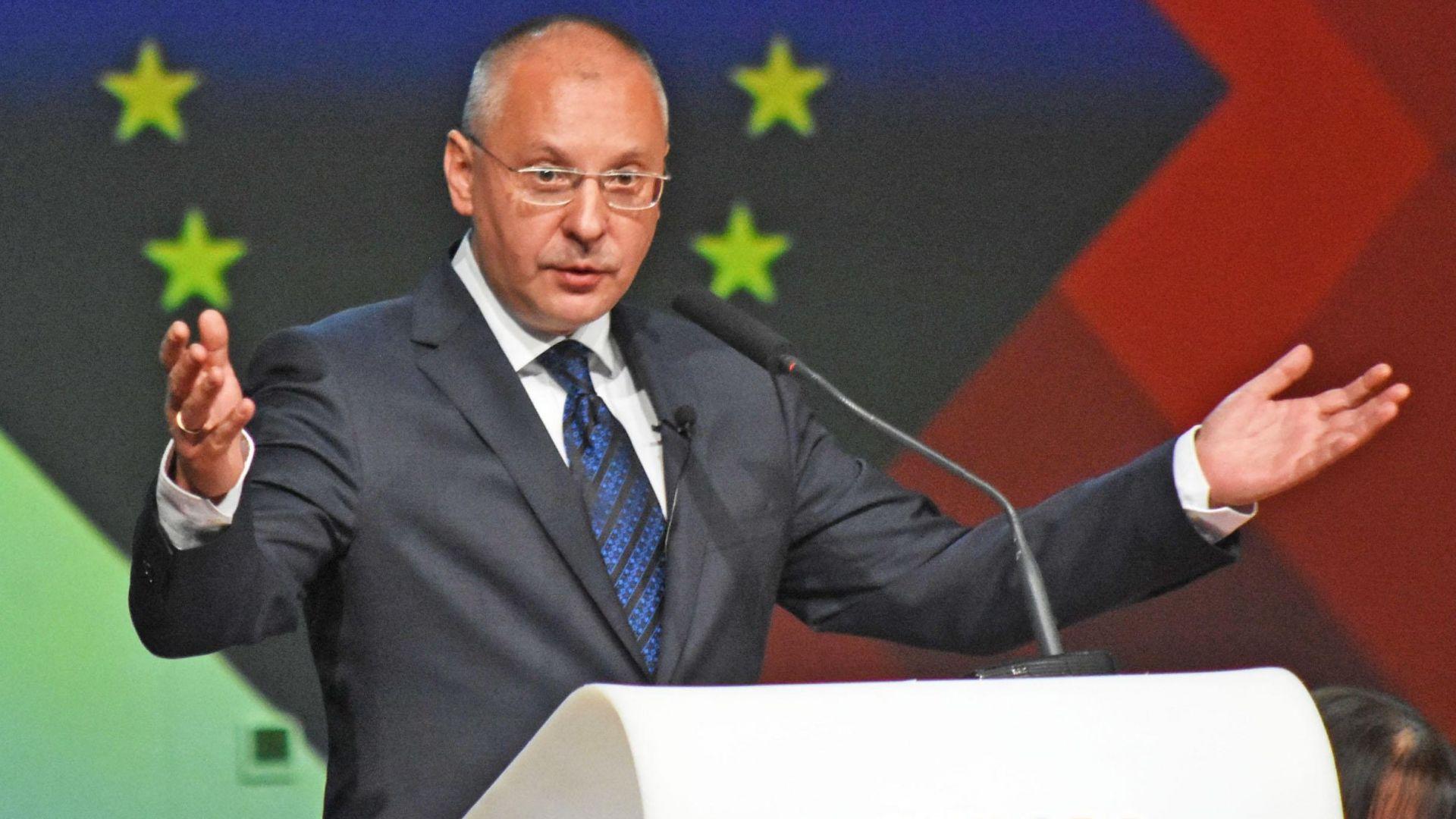Станишев: Номинацията ми е чест, но по-важно е единството на социалистите