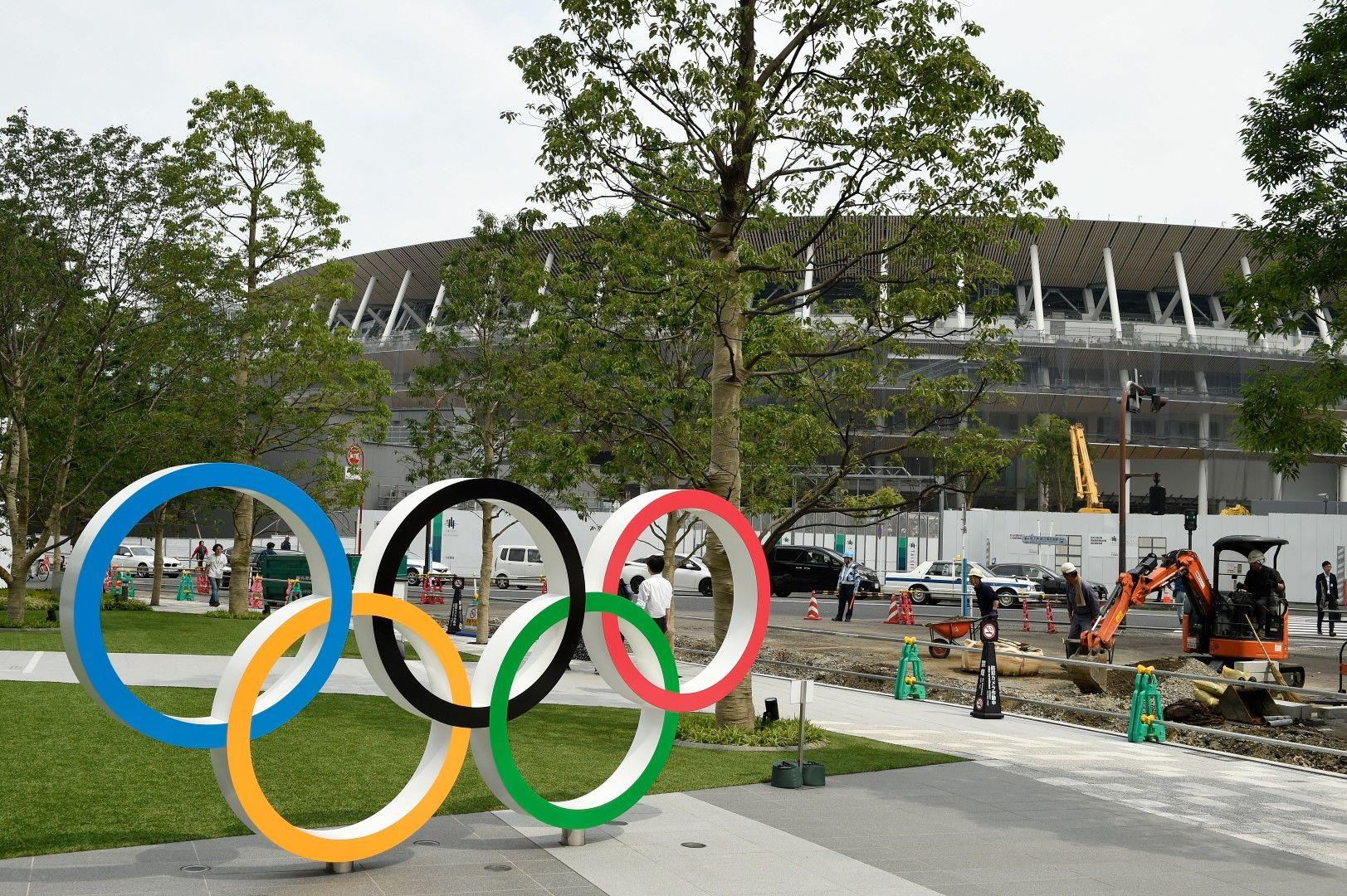 Около New National Stadium вече почти всичко е готово, а и самата арена е на последната права от строителните работи