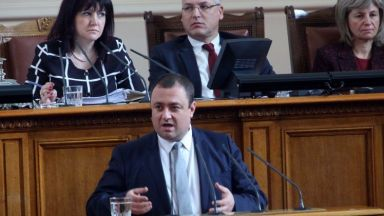 Иван Иванов: С намаляването на субсидиите партиите влизат в сивия сектор