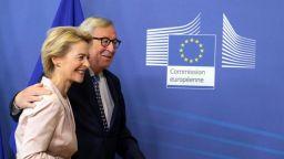 """И Юнкер призна, че изборът на Урсула фон дер Лайен """"не беше много прозрачен"""""""