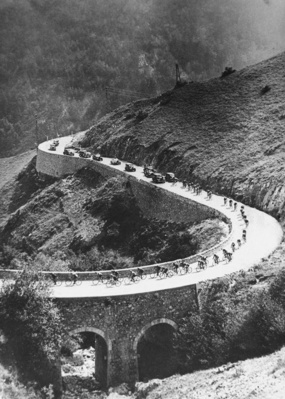 50-те години на 20-и век - Етап в Пиринеите, където натоварванията са огромни