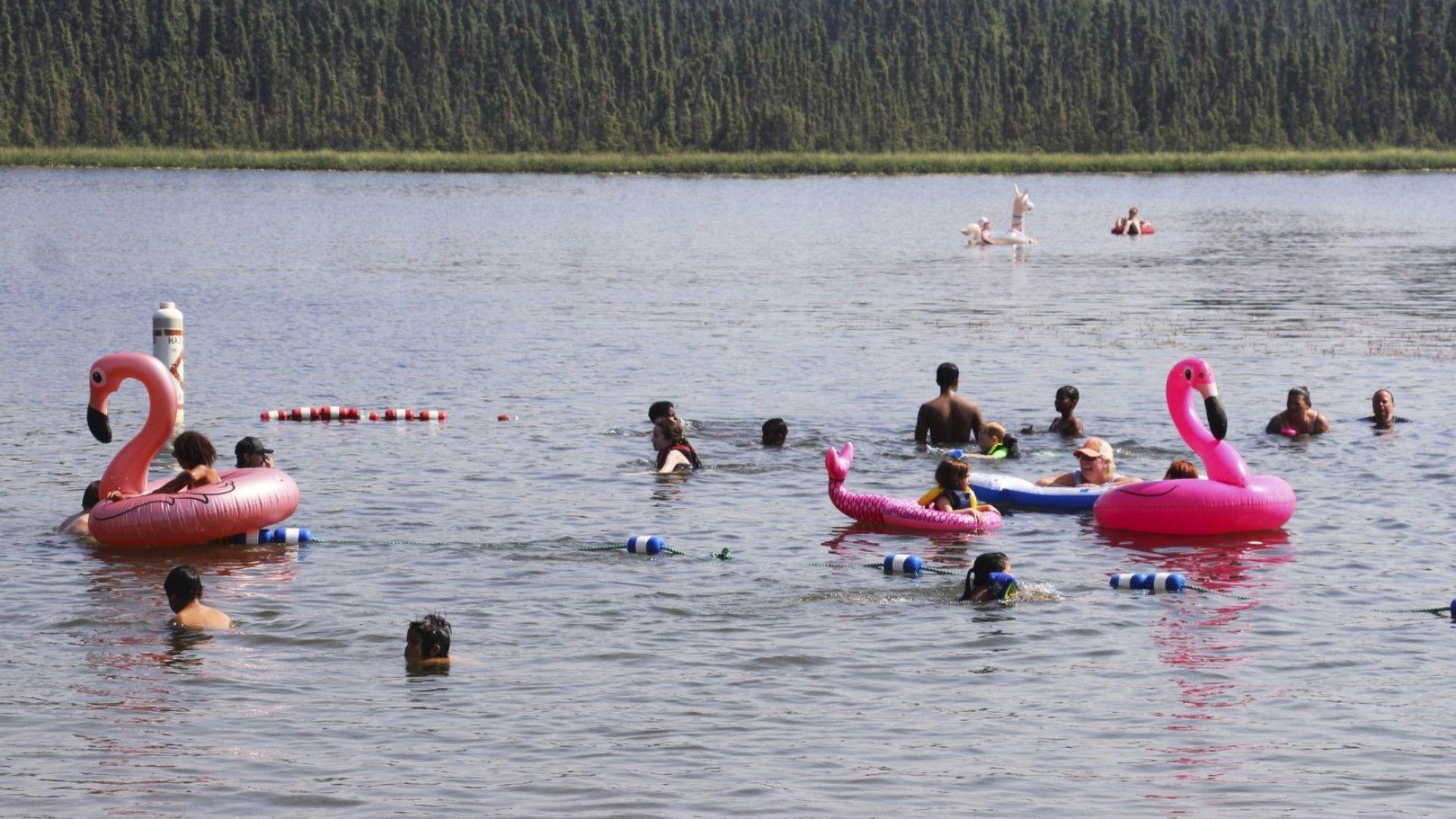 Исторически температурен рекорд в Аляска - над 32°, жега в Източна Канада - 40°