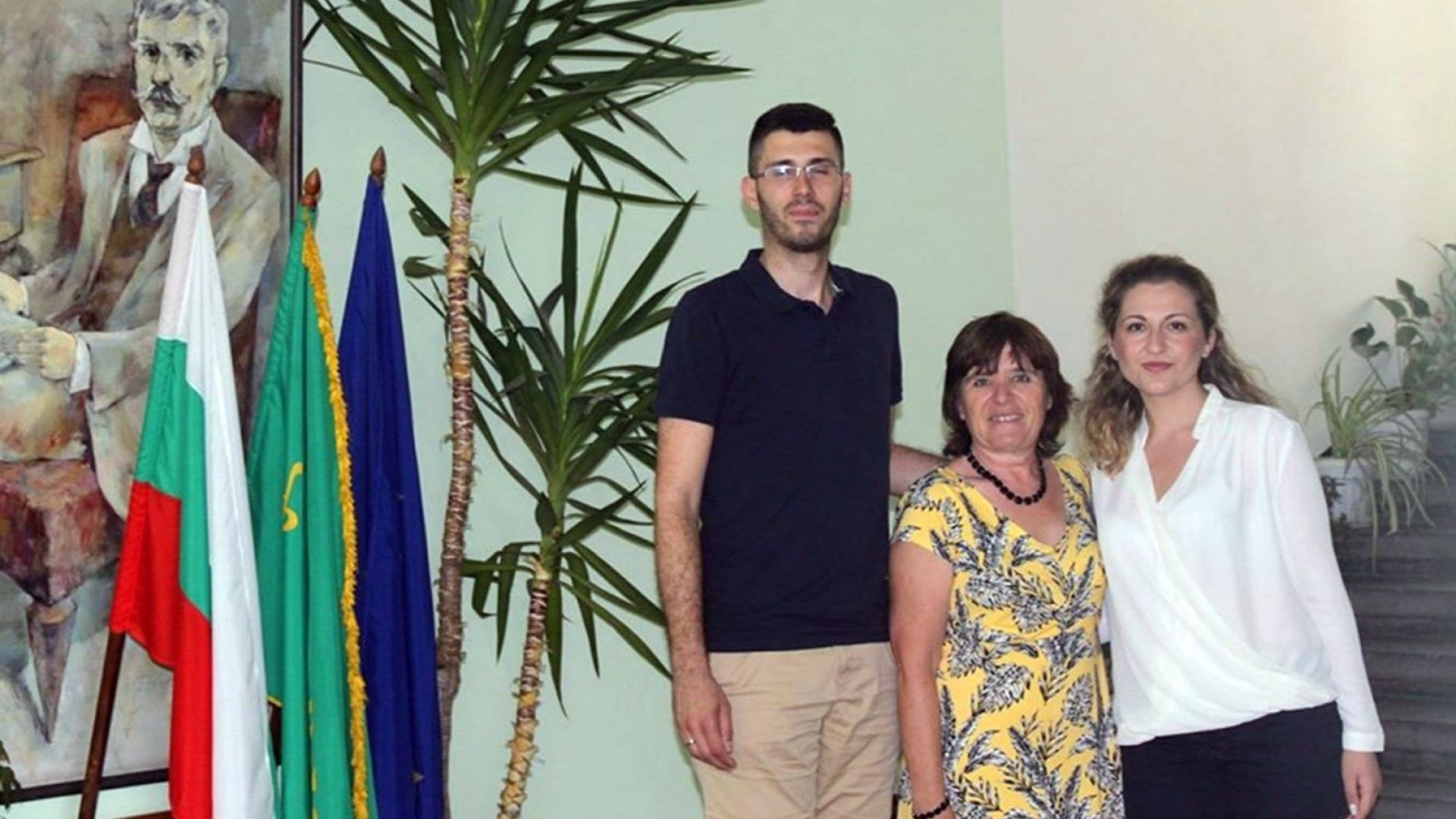 Младо семейство дари средства за болния Йоско от Видин