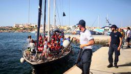 Осем страни от ЕС ще приемат мигранти, спасени в Средиземно море
