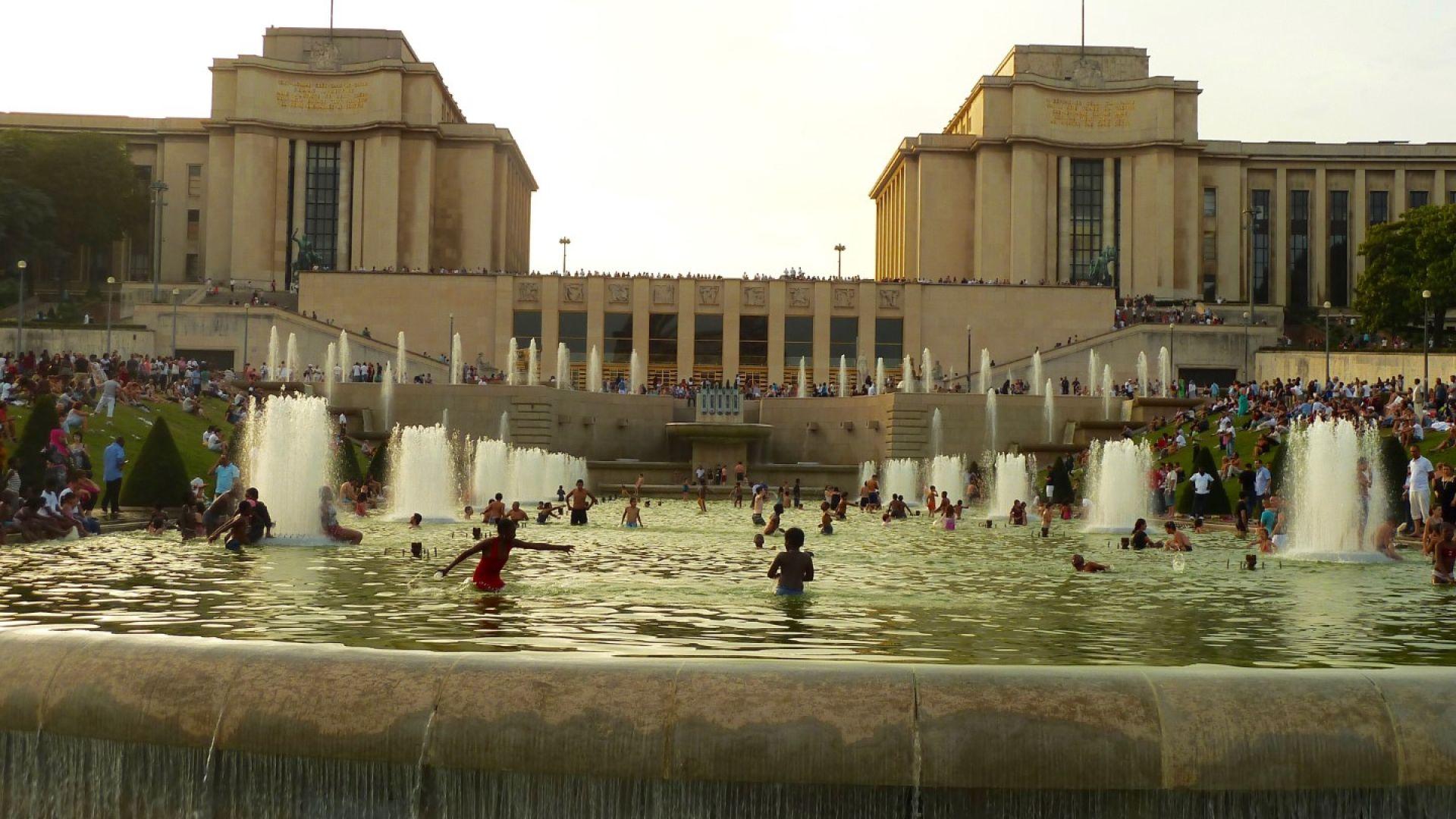 Юнските горещини доведоха до недостиг на вода в Париж