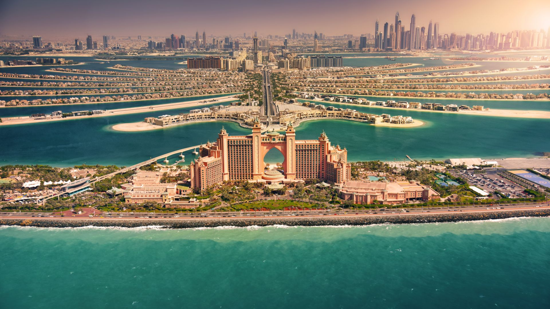 Дубай разхлаби разпоредбите за алкохола след слаби продажби