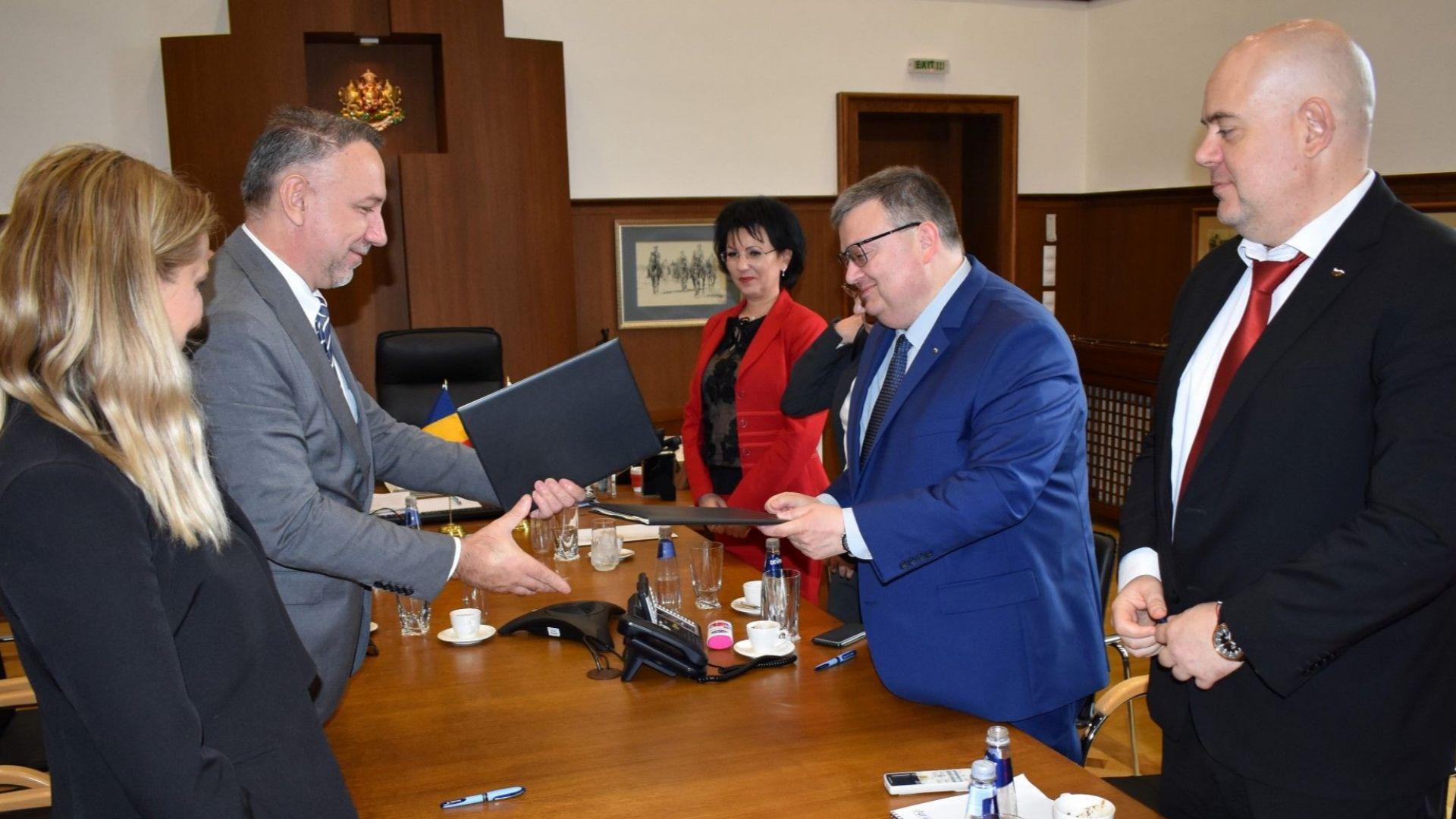 Ще обменяме информация по разследвания с Румъния