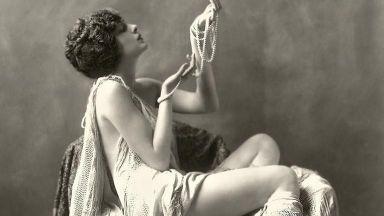 """""""Момичетата на Зигфелд"""": най-сексапилните актриси на Бродуей през 20-те години"""