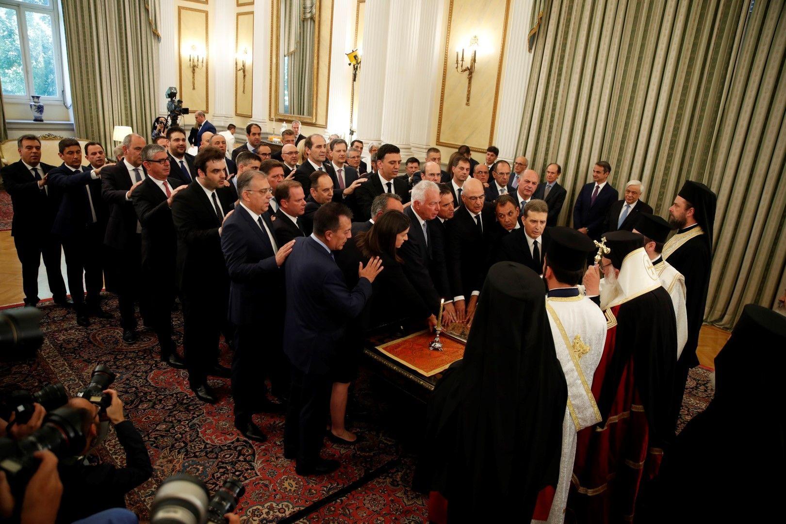 Новото правителство на Гърция положи клетва