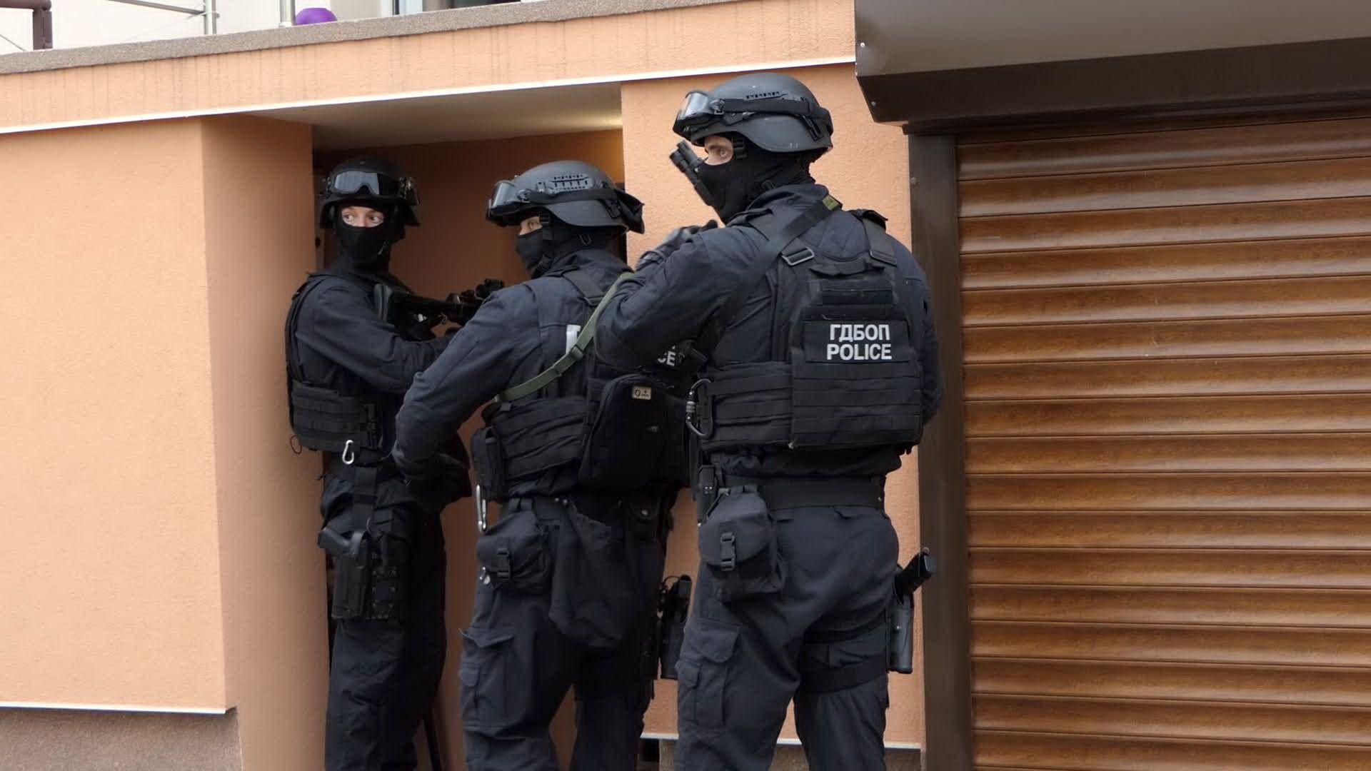 Мащабна акция на ГДБОП и масови арести в цялата страна