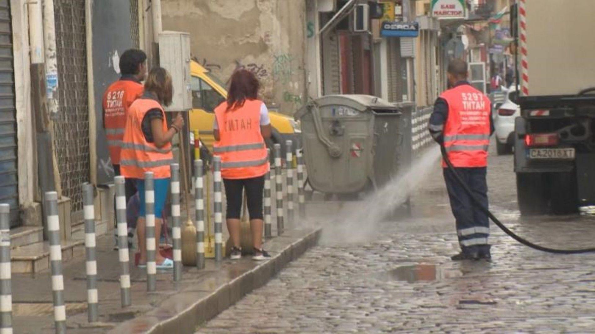 Столичният инспекторат: До момента всички улици в София са измити по два пъти