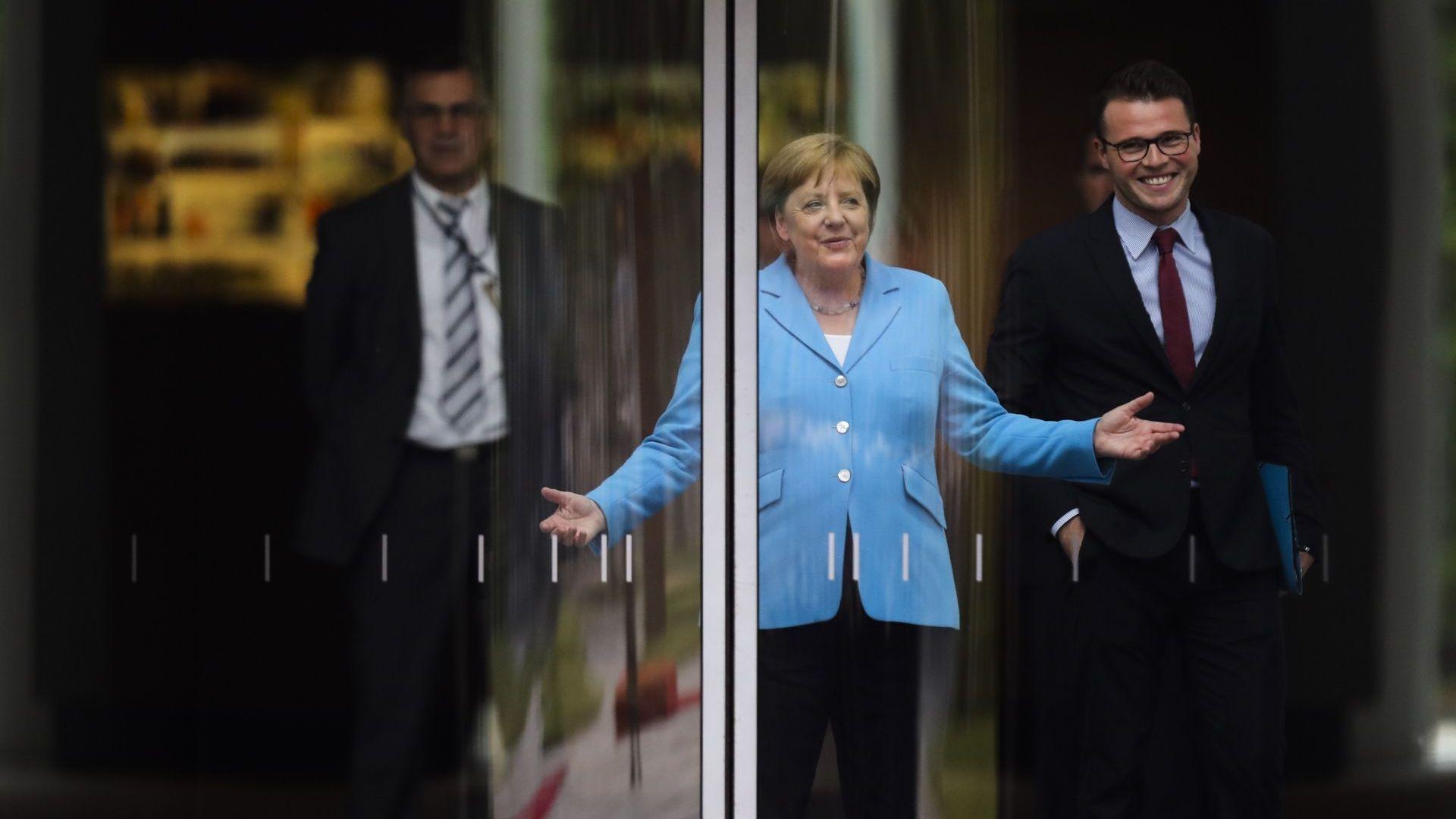 Пристъпите на треперене на германския канцлер Ангела Меркел по време