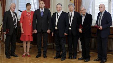Президентът Радев връчи държавни отличия на дейци на културата и изкуството
