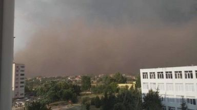 Прашна буря в Гълъбово: Кой е източникът на замърсяването?